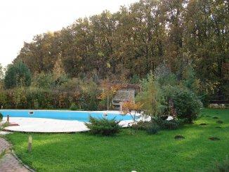 Vila de vanzare cu 1 etaj si 9 camere, in zona Paradisul Verde, Corbeanca Ilfov