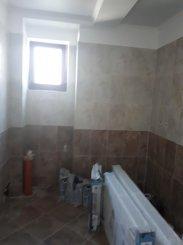 vanzare vila de la agentie imobiliara, cu 2 etaje, 4 camere, in zona Est, orasul Pantelimon