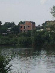 agentie imobiliara vand Vila cu 2 etaje, 6 camere, localitatea Stefanestii de Sus