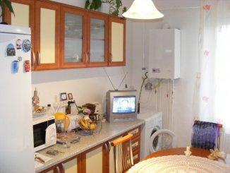 vanzare apartament cu 2 camere, decomandat, in zona Pandurilor, orasul Targu Mures