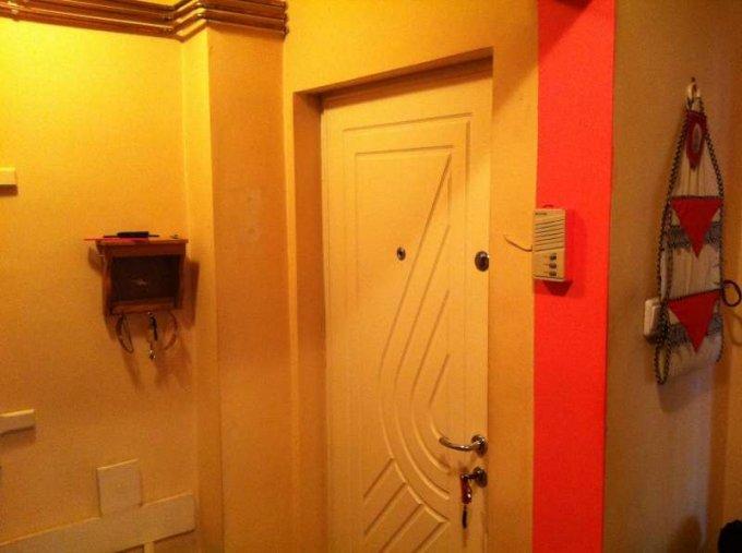 vanzare apartament cu 3 camere, decomandat, in zona Tudor, orasul Targu Mures