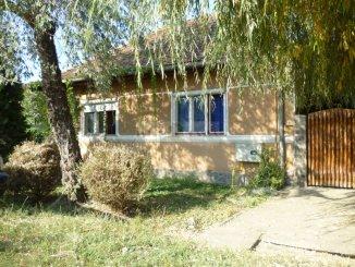 agentie imobiliara vand Casa cu 2 camere, zona Centru, orasul Targu Mures