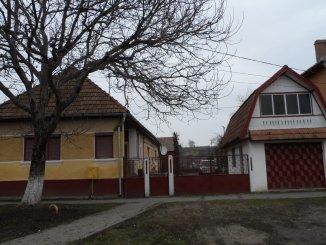 proprietar vand Casa cu 3 camere, comuna Sanpaul