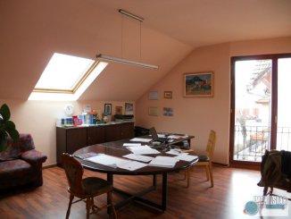 agentie imobiliara inchiriez Casa cu 4 camere, zona Centru, orasul Targu Mures