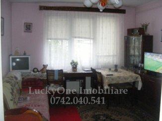 vanzare apartament cu 2 camere, semidecomandat, in zona Centru, orasul Piatra Neamt