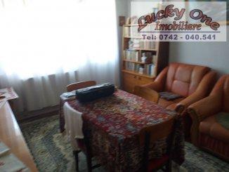 vanzare apartament semidecomandat, zona Centru, orasul Piatra Neamt, suprafata utila 50 mp