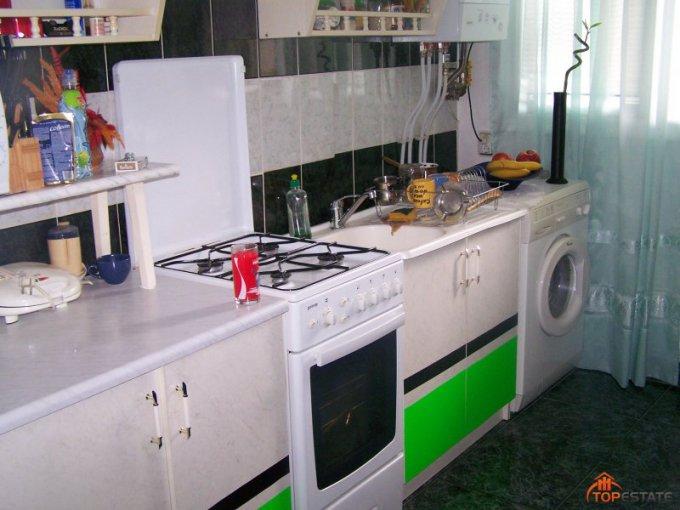 vanzare apartament cu 2 camere, nedecomandata, in zona Central, orasul Piatra Neamt