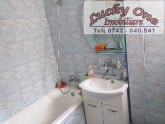 agentie imobiliara vand apartament nedecomandat, in zona Maratei, orasul Piatra Neamt