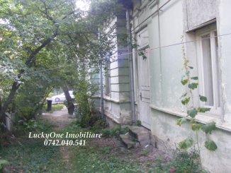 vanzare casa de la agentie imobiliara, cu 2 camere, in zona Centru, orasul Piatra Neamt