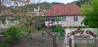 agentie imobiliara vand Casa cu 2 camere, orasul Piatra Neamt