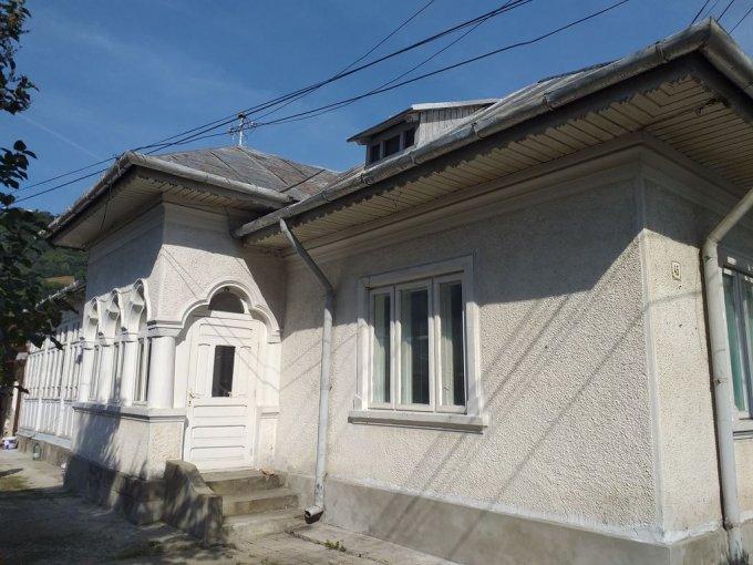 Casa de vanzare cu 4 camere, in zona Darmanesti, Piatra Neamt Neamt