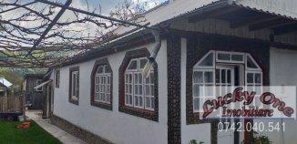 Casa de vanzare cu 5 camere, Alexandru cel Bun Neamt