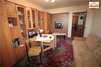 Apartament cu 3 camere de vanzare, confort 1, zona Ultracentral,  Slatina Olt