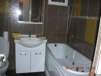 proprietar vand apartament decomandata, in zona Ultracentral, orasul Slatina