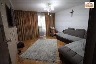 Apartament cu 4 camere de vanzare, confort 1, Slatina Olt