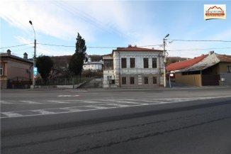 Casa de vanzare cu 12 camere, in zona Orasul de Jos, Slatina Olt