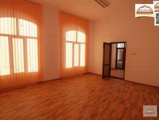 vanzare casa de la agentie imobiliara, cu 16 camere, in zona Orasul Vechi, orasul Slatina
