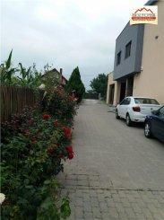 vanzare casa cu 7 camere, zona Clociov, orasul Slatina, suprafata utila 500 mp