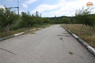 vanzare teren intravilan de la agentie imobiliara cu suprafata de 16355 mp, in zona Tudor Vladimirescu, orasul Slatina