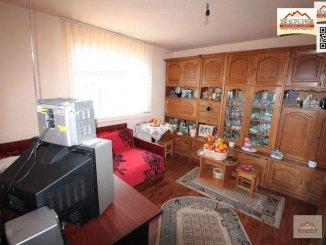 Vila de vanzare cu 1 etaj si 5 camere, Slatina Olt