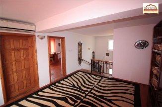 vanzare vila cu 1 etaj, 7 camere, orasul Slatina, suprafata utila 275 mp