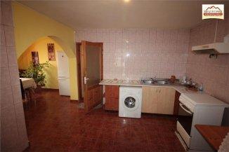 Vila de vanzare cu 1 etaj si 7 camere, Slatina Olt