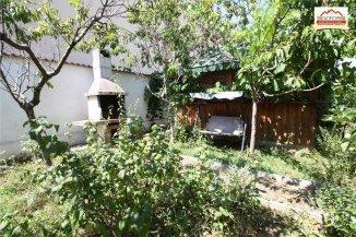 vanzare vila de la agentie imobiliara, cu 1 etaj, 7 camere, orasul Slatina