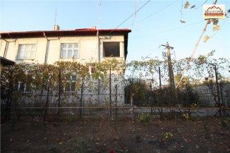 vanzare vila cu 1 etaj, 6 camere, zona Zahana, orasul Slatina, suprafata utila 240 mp