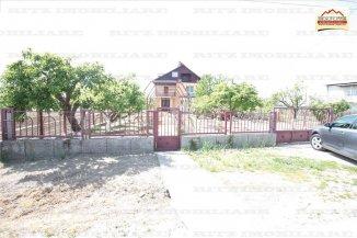 vanzare vila de la agentie imobiliara, cu 1 etaj, 5 camere, in zona Exterior Est, orasul Slatina