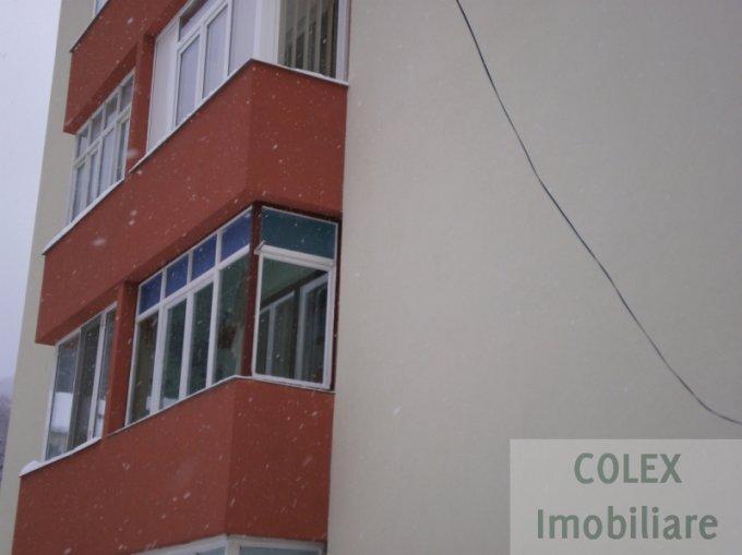 vanzare Apartament Busteni cu 2 camere, cu 1 grup sanitar, suprafata utila 61 mp. Pret: 50.000 euro negociabil.