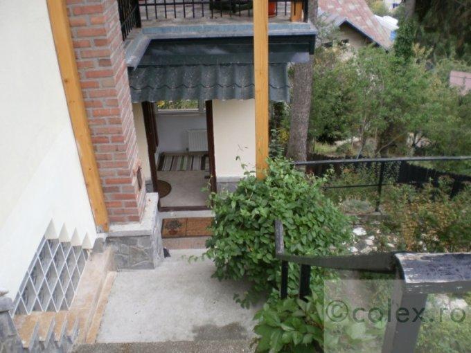 vanzare Apartament Sinaia cu 2 camere, cu 1 grup sanitar, suprafata utila 70 mp. Pret: 59.000 euro negociabil.