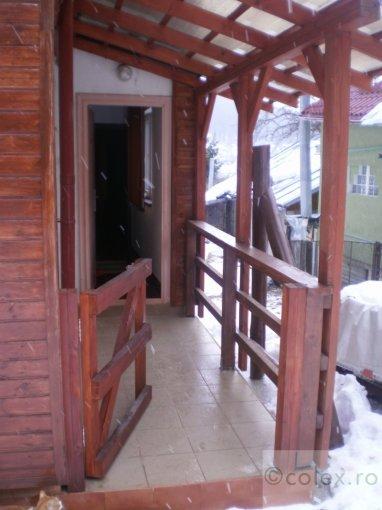 Apartament vanzare Busteni 2 camere, suprafata utila 55 mp, 1 grup sanitar. 55.000 euro negociabil. Etajul 10. Apartament Poiana Tapului Busteni  Prahova