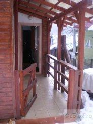vanzare apartament decomandat, zona Poiana Tapului, orasul Busteni, suprafata utila 55 mp