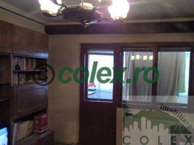 Apartament de vanzare direct de la agentie imobiliara, in Sinaia, in zona Ultracentral, cu 80.000 euro negociabil. 1 grup sanitar, suprafata utila 46 mp.
