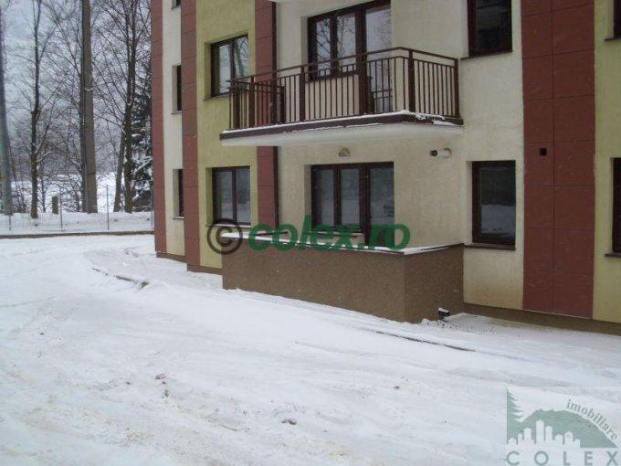 Apartament de vanzare in Sinaia cu 2 camere, cu 1 grup sanitar, suprafata utila 59 mp. Pret: 60.000 euro negociabil.