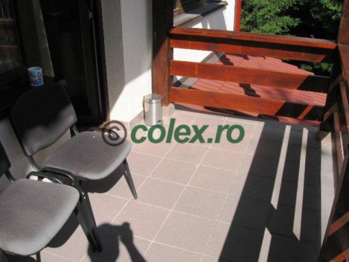 Apartament de vanzare direct de la agentie imobiliara, in Sinaia, in zona Semicentral, cu 84.000 euro negociabil. 1 grup sanitar, suprafata utila 70 mp.