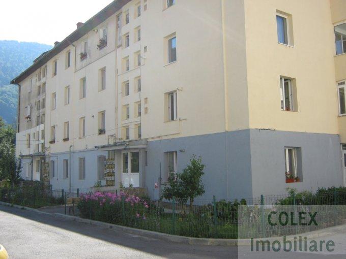 Apartament de vanzare direct de la agentie imobiliara, in Sinaia, in zona Semicentral, cu 25.000 euro negociabil. 1 grup sanitar, suprafata utila 41 mp.