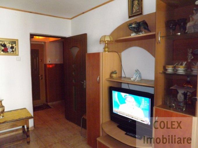 vanzare Apartament Busteni cu 2 camere, cu 1 grup sanitar, suprafata utila 49 mp. Pret: 45.000 euro negociabil.