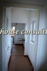 vanzare apartament cu 2 camere, decomandat, in zona Castelul Peles, orasul Sinaia