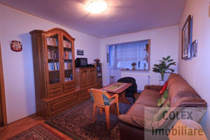 vanzare Apartament Busteni cu 2 camere, cu 1 grup sanitar, suprafata utila 49 mp. Pret: 40.000 euro negociabil.