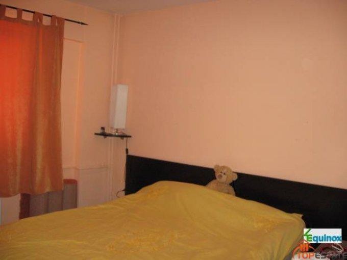 Prahova Ploiesti, zona Republicii, apartament cu 2 camere de inchiriat, Mobilata modest