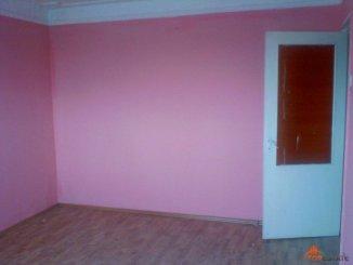 Prahova Ploiesti, zona Mihai Bravu, apartament cu 2 camere de vanzare