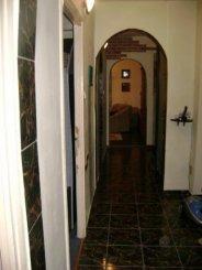 agentie imobiliara vand apartament semidecomandata, in zona Central, orasul Ploiesti