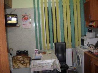 Spatiu comercial de inchiriat cu 2 incaperi, 44.3 metri patrati, in Cina Ploiesti  Prahova