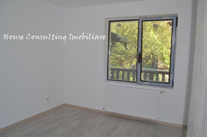 vanzare Apartament Busteni cu 2 camere, cu 1 grup sanitar, suprafata utila 70 mp. Pret: 64.000 euro.