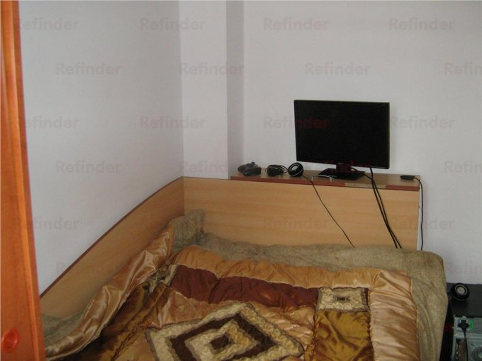 vanzare apartament decomandat, zona Mihai Bravu, orasul Ploiesti, suprafata utila 60 mp