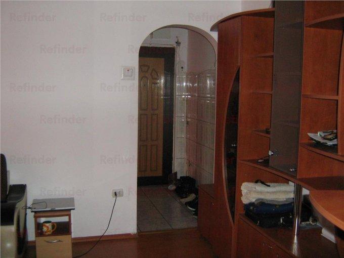 Apartament cu 3 camere de vanzare, confort 1, zona Mihai Bravu,  Ploiesti Prahova