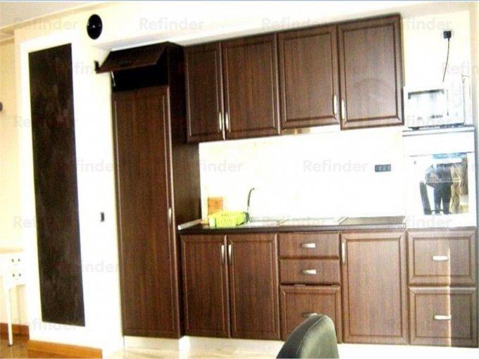 vanzare apartament cu 3 camere, decomandat, in zona Gheorghe Doja, orasul Ploiesti
