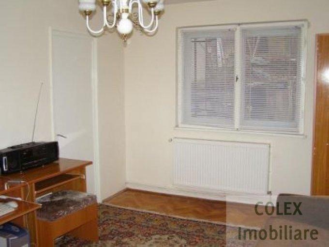 Apartament de vanzare in Busteni cu 3 camere, cu 1 grup sanitar, suprafata utila 42 mp. Pret: 37.500 euro negociabil.