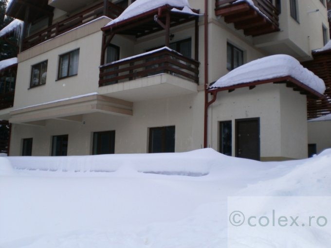 Apartament vanzare Sinaia 3 camere, suprafata utila 78 mp, 2 grupuri sanitare. 75.000 euro negociabil. Etajul 9. Apartament Semicentral Sinaia  Prahova